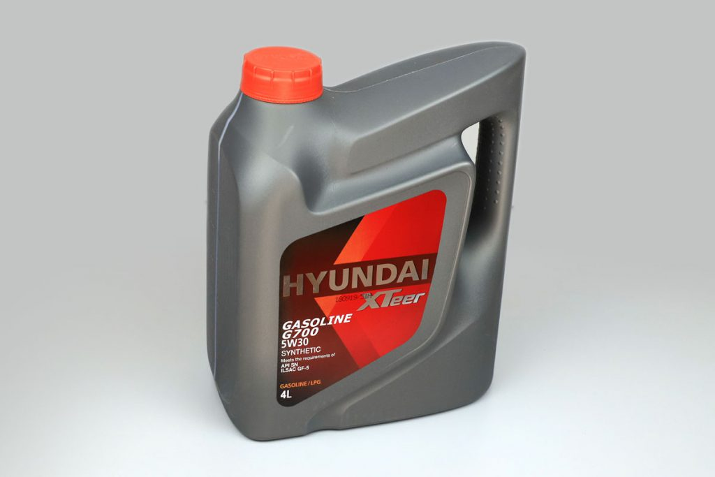 HYUNDAI XTeer GASOLINE G700 5W30 SYNTHETIC.